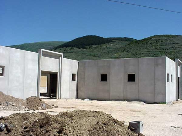 Nuove costruzioni edilizia produttiva capannone for Tettoia capannone con soppalco